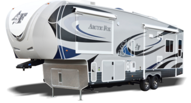 Arctic Fox 5th Wheel