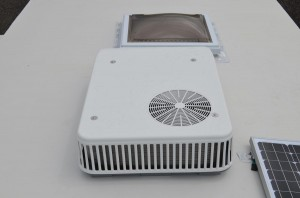 2nd AC (Low Pro 13.5)  (Can not have Bedroom Fan Vent)50 Amp Service Required