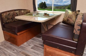 Booth with Dream Dinette - No Charge