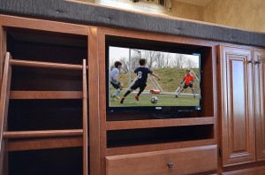28″ 12v LED TV Bunkhouse