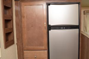 3 Way 7 Cubic Foot Dbl Door Refer