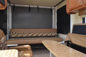 Reversible Rear Lounge