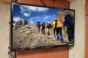 28 inch 12v LED TV